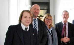Martin Mertens, Rainer Thiel MdL, Nicole Niederdellmann-Siemes und Staatsekretär Dr. Günther Horzetzky