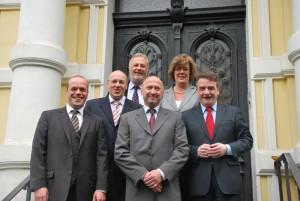 (v.l.n.r.) Klaus Krützen, Kurt Bodewig, Fritz Behrens, Rainer Thiel, Petra Kammerevert und Mike Groschek