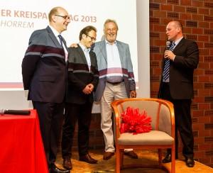 Abschied von Fritz Behrens (v.l.): Generalsekretär der NRW SPD André Stinka, Reiner Breuer MdL, Fritz Behrens, Vorsitzender Klaus Krützen.
