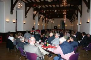 Rund 70 interessierte Bürgerinnen und Bürger diskutierten über die Energiewende.