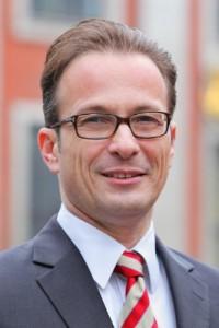 Rainer Breuer lädt zum Betriebsrätegespräch ein