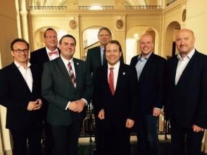 Delegation aus dem Rhein-Kreis Neuss im Gespräch mit Regierungsvizepräsident Schlapka