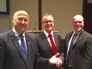 Rainer Thiel MdL, RWE-Vorstand Matthias Hartung und Grevenbroichs Bürgermeister Klaus Krützen