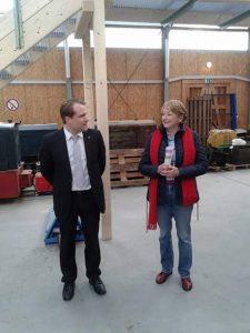Bürgermeister Dr. Martin Mertens (l.) und Marie-Jeanne Zander (r.), Vorsitzende der AG60plus