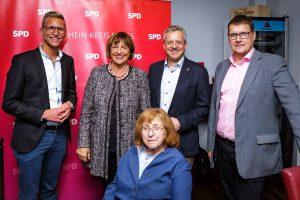 (v.l.n.r.) Daniel Rinkert, Ulla Schmidt, Gertrud Servos, Arno Jansen und Winfried Janßen